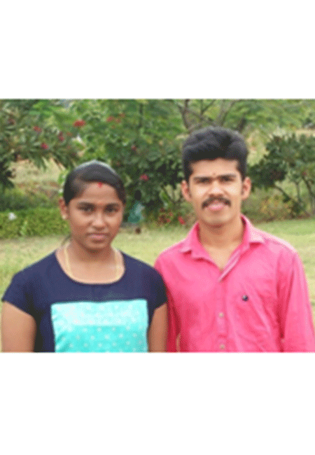 They are young couple from the God's Own Country – Kerala. Shinu and Reshma are posted as Ayurveda therapists at Anandam, Kodai providing authentic Ayurveda & Panchakarma therapies at the site. Both of them have been trained in Kerala and have over 4 years of experience in Ayurveda hospitals and clinics.